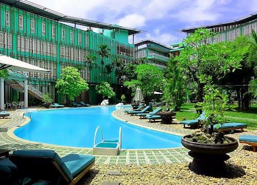 Hồ bơi Vườn Thiên Thai