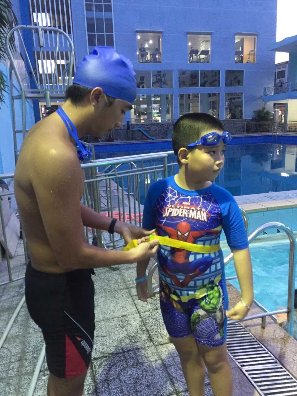 học bơi quận 8