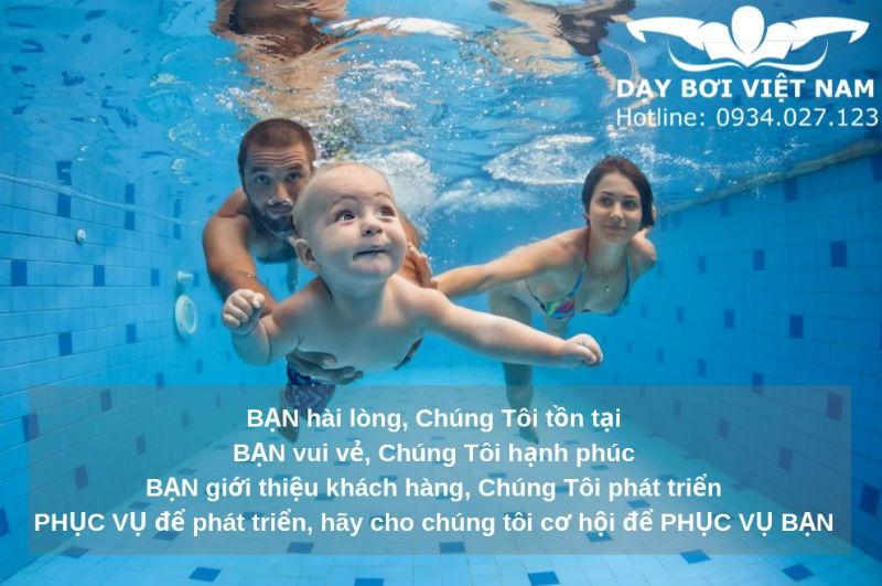 Lớp học bơi ở TPHCM